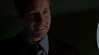 Scully saa Mulderin sydämen hypähtämään